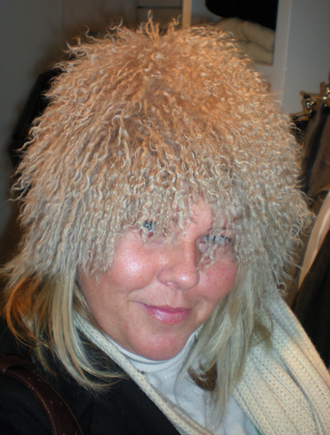 Rachel-in-Iceland-wearing-a-very-furry-fluffy-hat