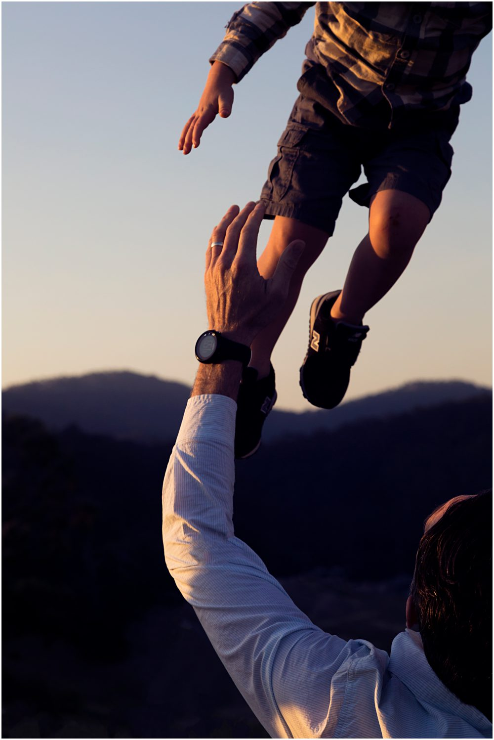 dad-throwing-son-in-the-air-gold-coast-family-photography