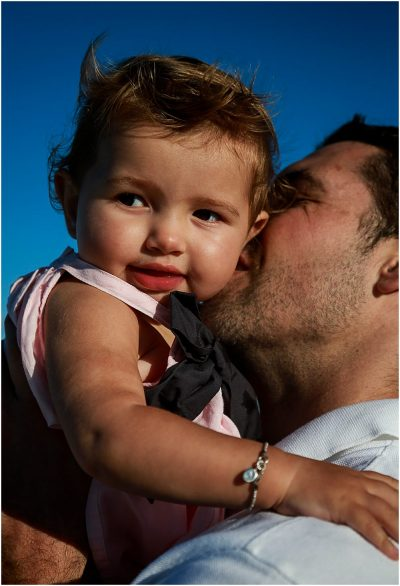 kisses-for-dad-family-beach-photography-gold-coast