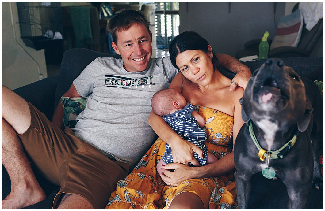 dog-does-little-howl-at-photographer-whilst-protecting-new-baby-and-humans-gold-coast-inhome-photography