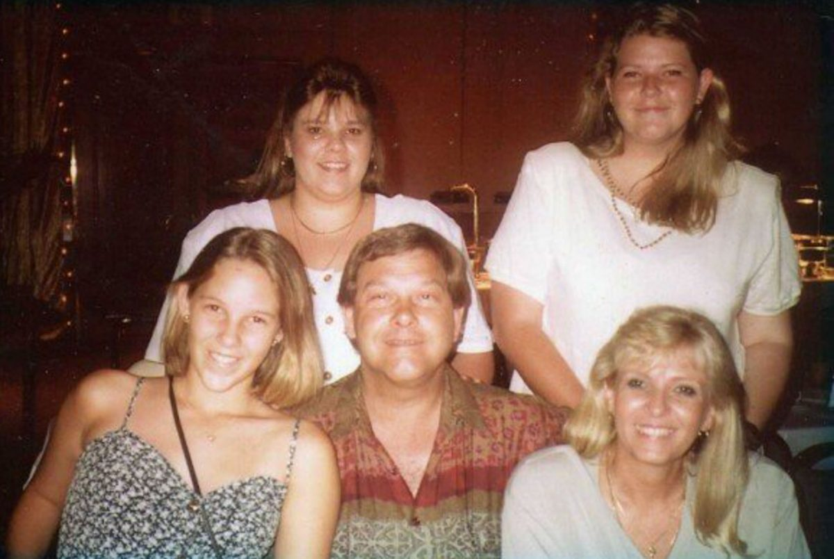 Last-family-photo-all-together-xmas-lunch-star-casino-gold-coast-1993